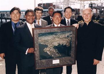 Secretary of Transportation Rodney Slater visits the Port of Oakland.